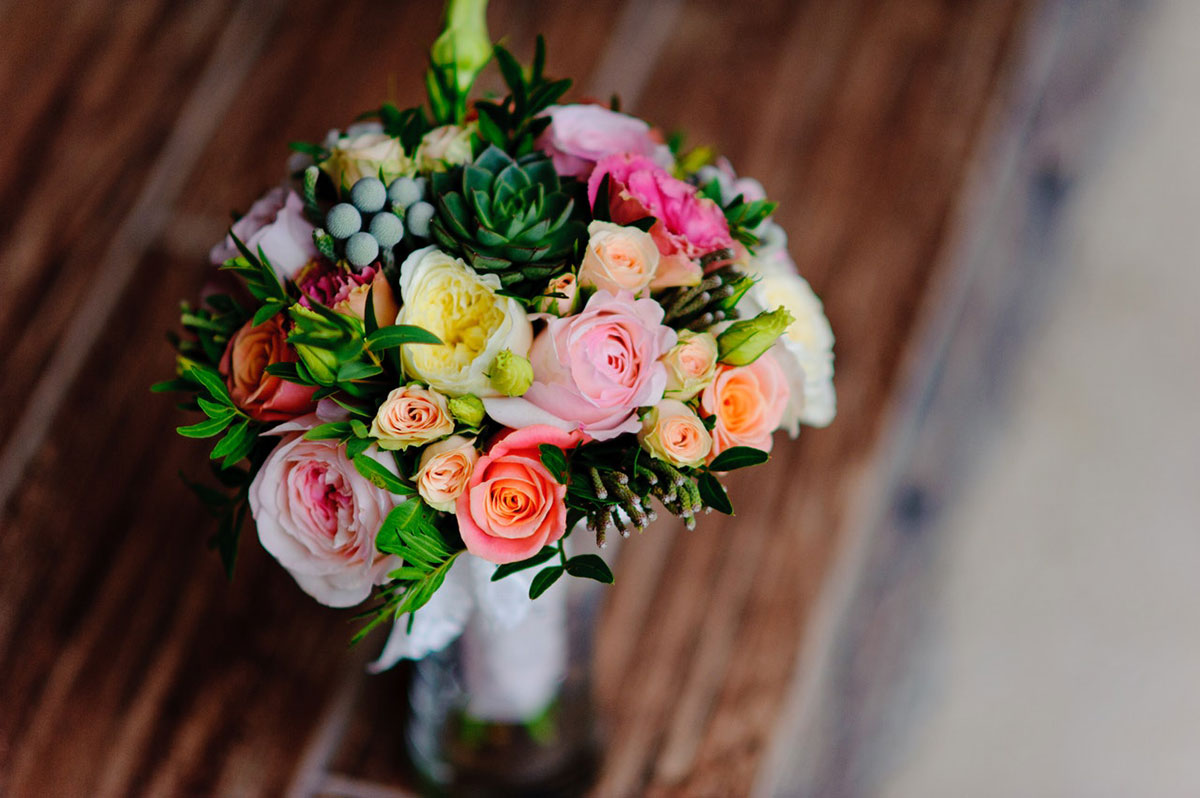 The meaning of flowers on your wedding day flowers meaning of flowers izmirmasajfo