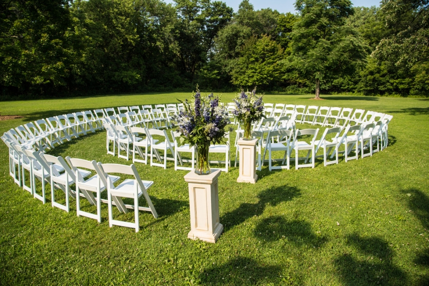 Pros And Cons Of Outdoor Wedding Venues: What Is A Spiral Ceremony?