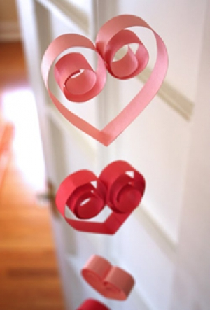 Decorations - Paper Heart Garland